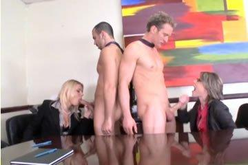 Ingyenes nedves milf pornó