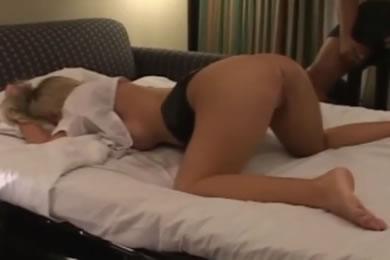 MILF cuckold szexvideók