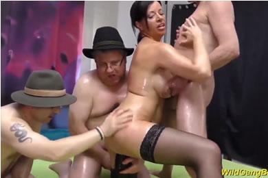 MILF nagymellű szexvideók